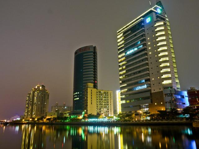 開發中國城暨運河星鑽地區 復甦台南市中心