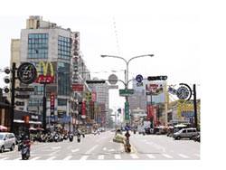 房市亮點-開元、中華商圈 機能優 興富發建設成大城 明發建設 昇泰人文建築皆在附近推案