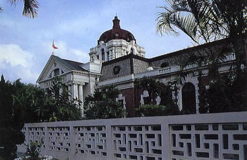 原台南地院 有望納台南美術館