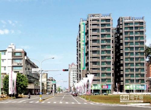 伴隨大樓相繼增設,台南市容風貌正蛻變中。圖文/陳惠珍