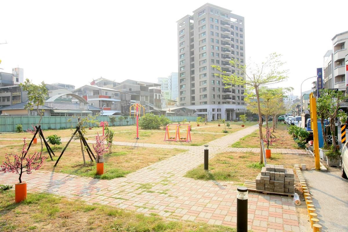 台南市市區的房價真的回不去了!衛民街948坪眷改地逾7億標脫 相當於一坪單價要七十四萬元 茂盈建設得標