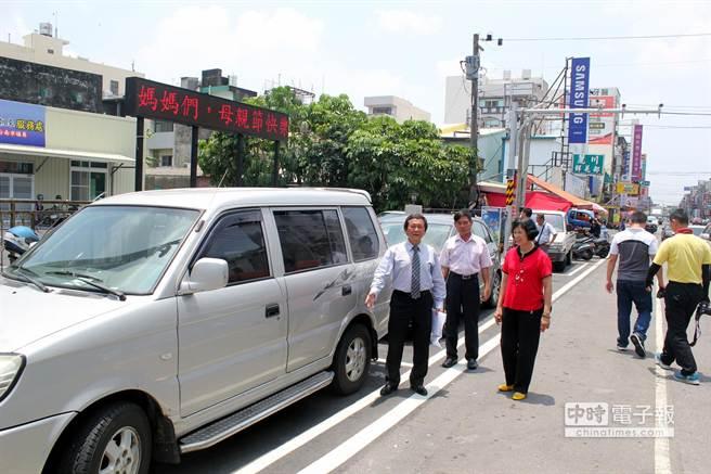 台南佳里鬧區 竟只有3停車位