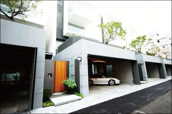 東區虎尾寮重劃區的居家環境單純寧靜,透天豪數產品吸引多金換屋客持續進場。