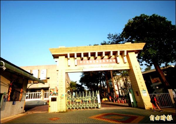 台南市東區德高生活圈,坐擁優質學區、綠地環境與便利交通,連結市區百貨商圈,帶動景觀大樓市場迅速崛起。(記者林耀文攝)