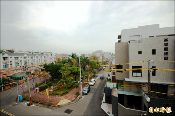 台南市仁德區的平價透天住宅,也因緊鄰東區與快速路網,單純寧靜居住環境特色,也受到南科購屋客層青睞。(記者林耀文攝)